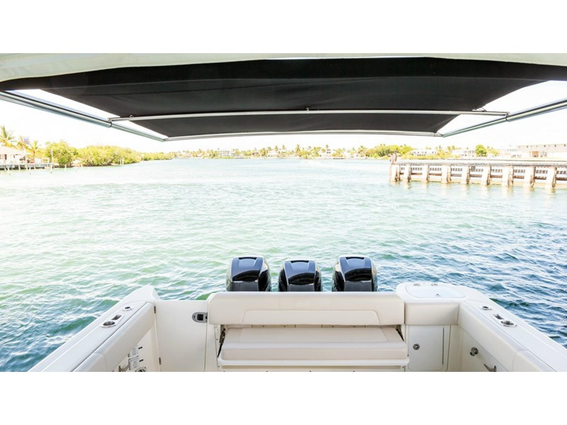 boston whaler 345 conquest - boat share 796708 014