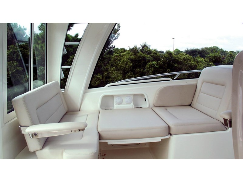 boston whaler 345 conquest - boat share 796708 020
