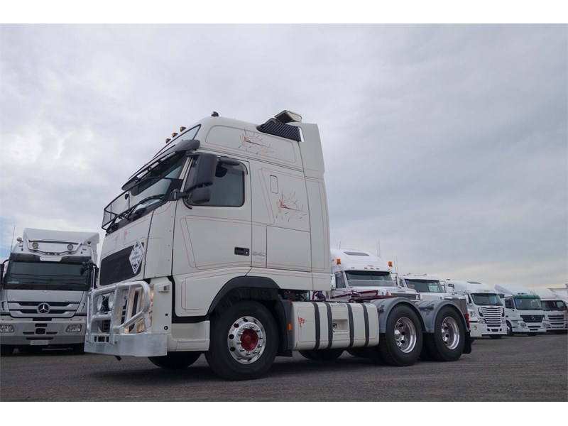 volvo fh12 770283 017