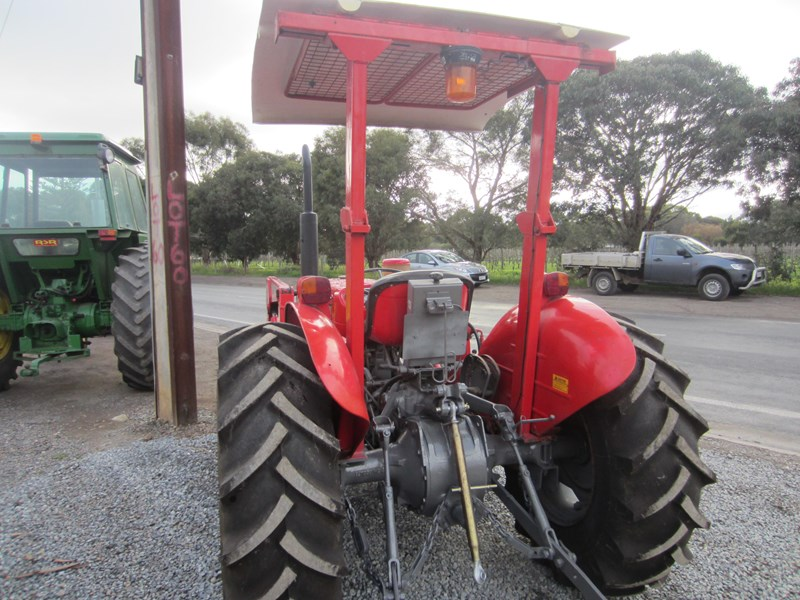 massey ferguson 240 tractor with fel 798485 006