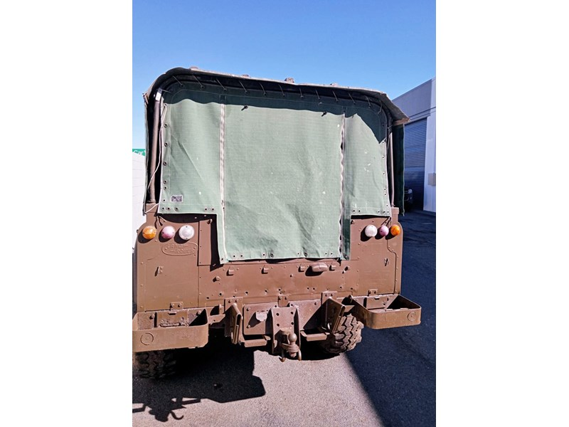 land rover series 3 802335 008