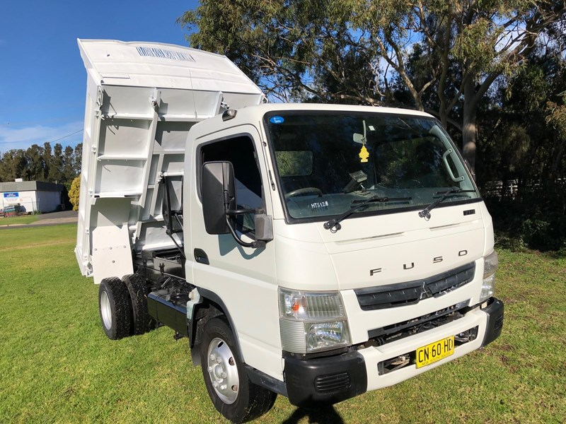 fuso canter 715 tipper 803084 007