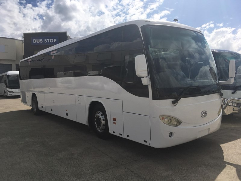 higer roadboss 58 seater coach 804800 008