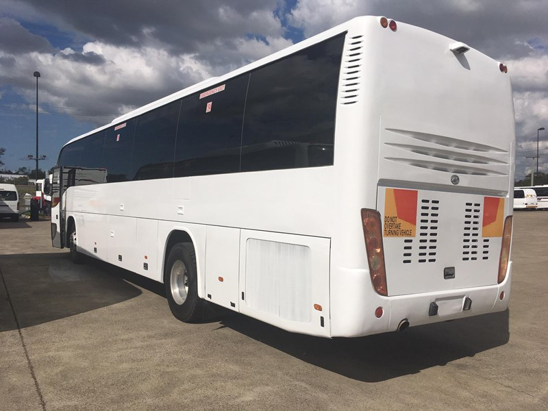 higer roadboss 58 seater coach 804800 009