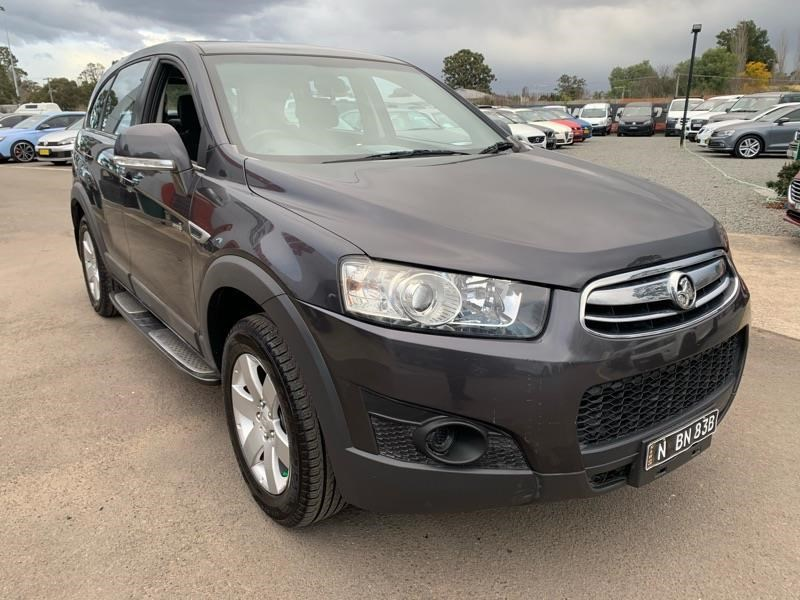 holden captiva 803484 011
