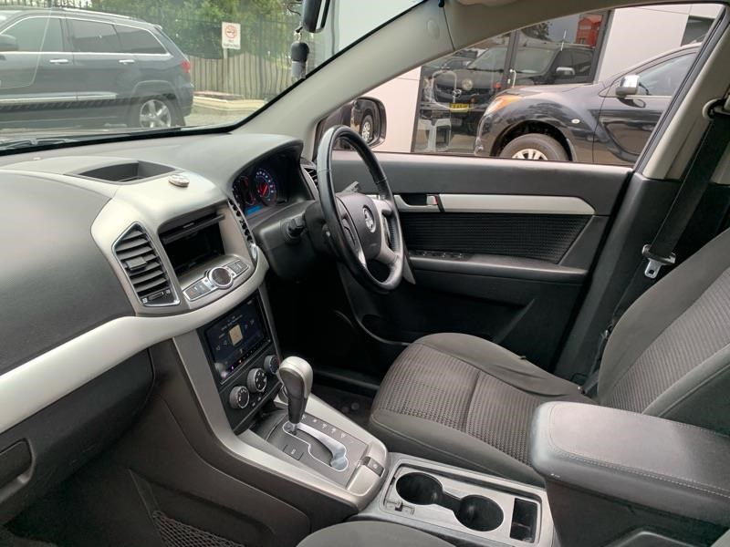 holden captiva 803484 022