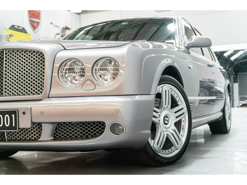 bentley arnage 806535 006