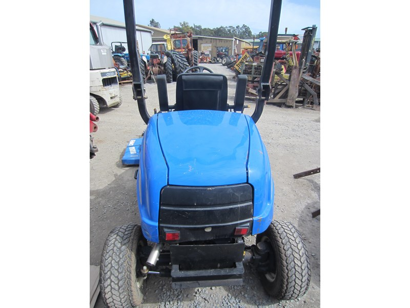 new holland mc28 front mount mower 4 wheel drive 807972 007