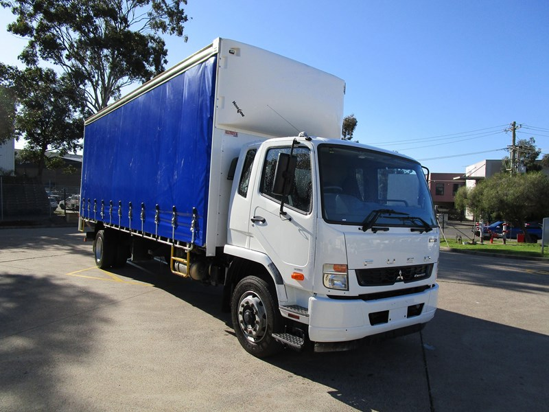 fuso fighter 804545 001