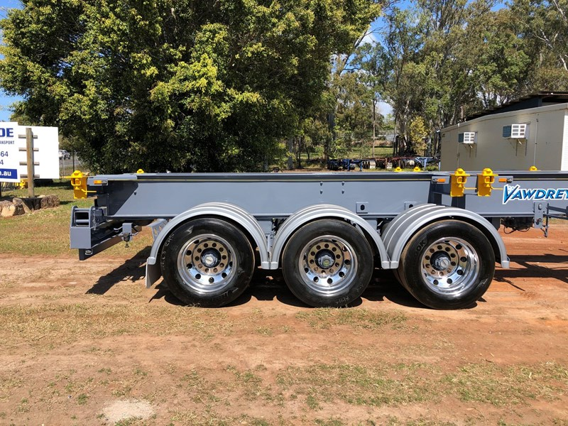 vawdrey retractable skel semi trailer with 3 way pins 704620 019