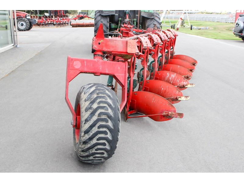 vogel & noot 6 furrow plough 775831 004