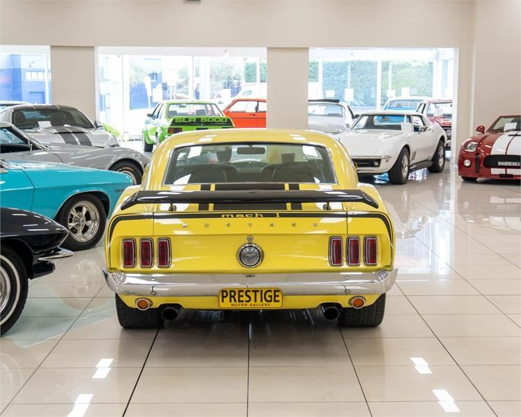ford mustang 809534 006