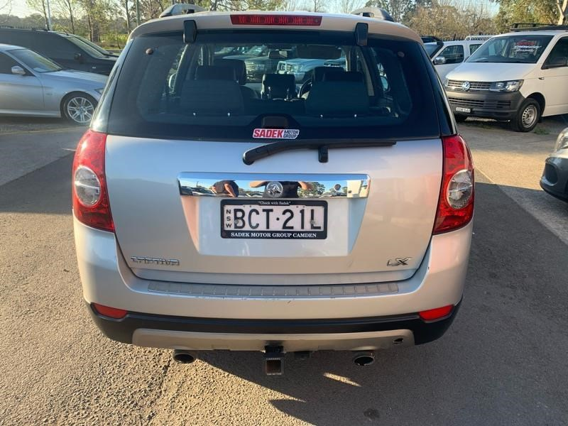 holden captiva 809259 010