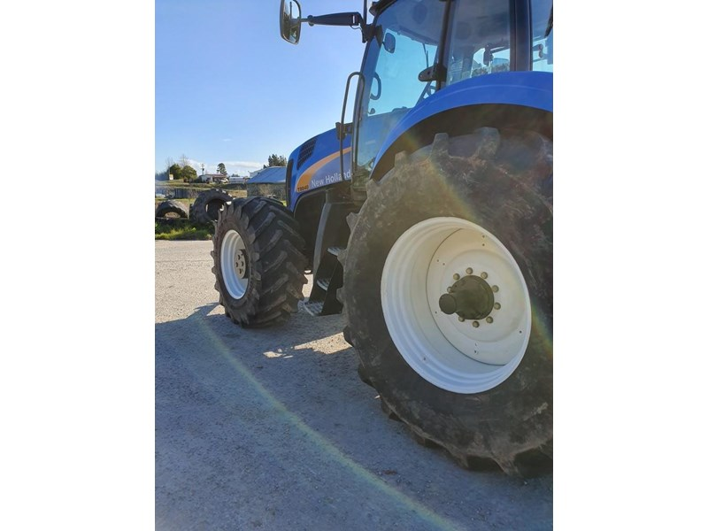 new holland t8040 810747 004