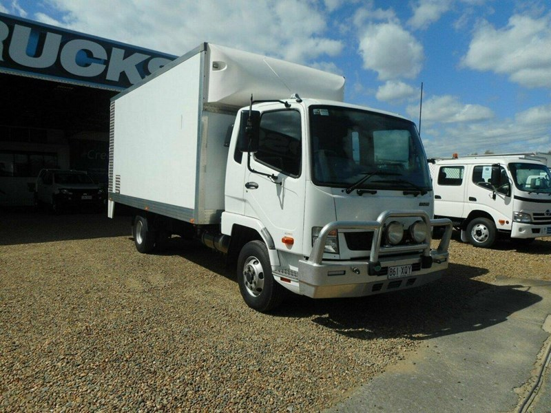 fuso fighter 811447 001