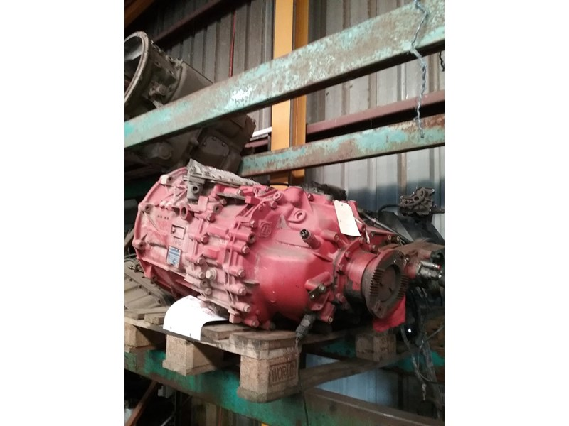 zf transmissions zf astronic model 12as2301  c/# 8869901 811951 002