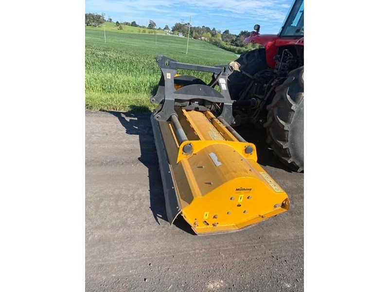 massey ferguson mf7465 and muthing mu-m mulcher 812201 005