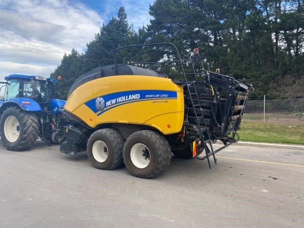 new holland bb1290 813811 009