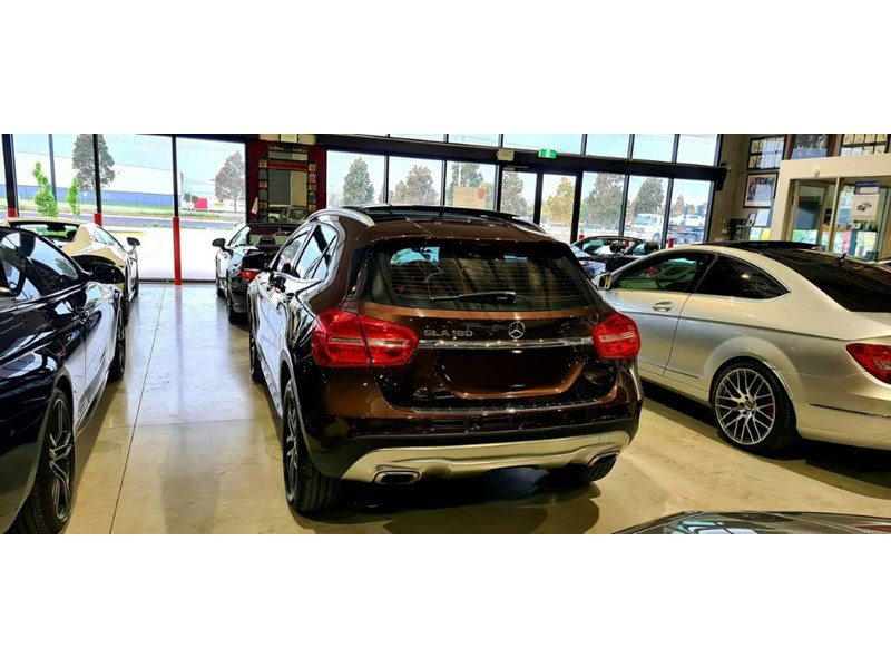 mercedes-benz gla 180 813663 013