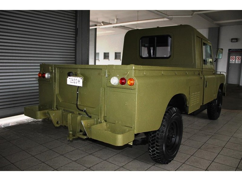land rover series 3 815794 007