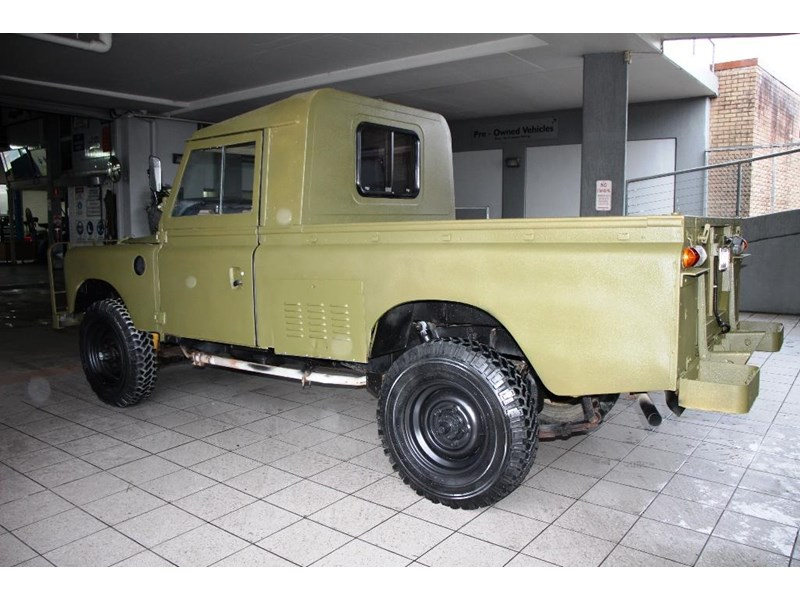 land rover series 3 815794 010