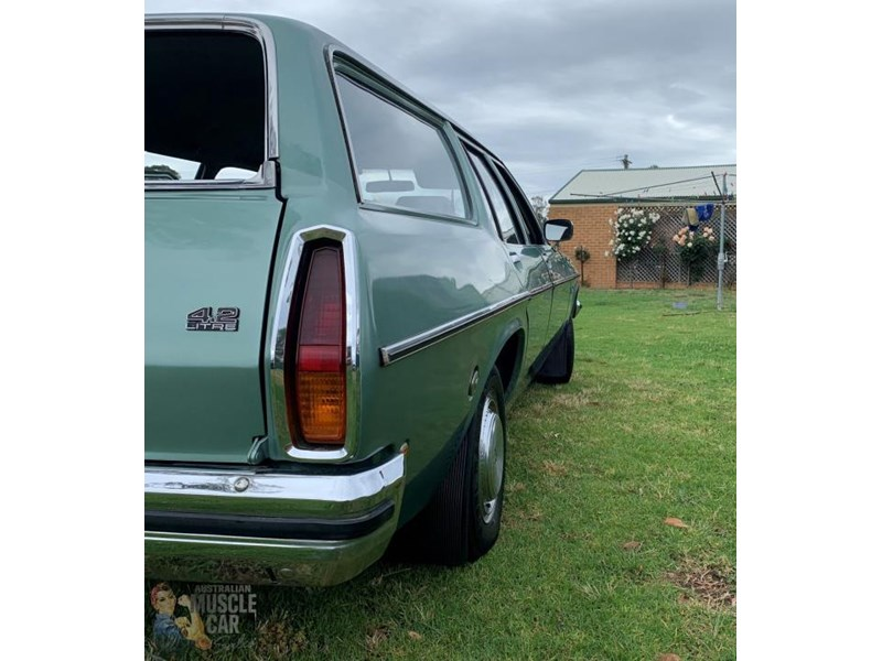 holden kingswood 815871 010
