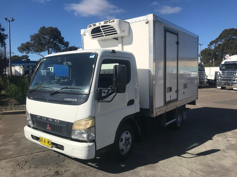 fuso canter 801743 001