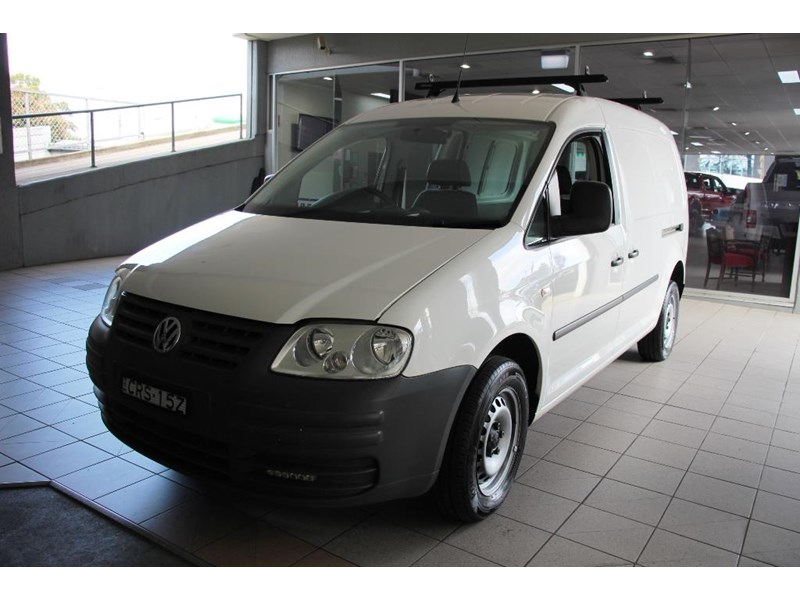 volkswagen caddy 817570 012