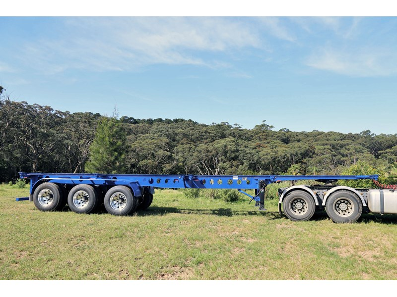 aaa 2020 aaa 40' 3 way light weight 4.6t skeletal trailer-ebs 797939 001