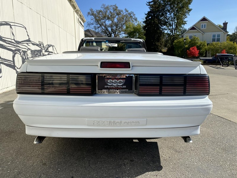 ford mustang 818093 008