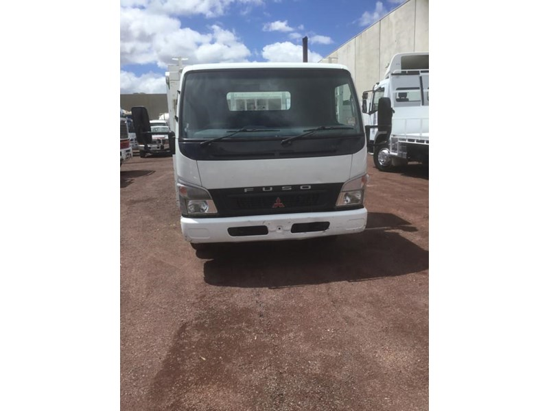 fuso canter 818178 004