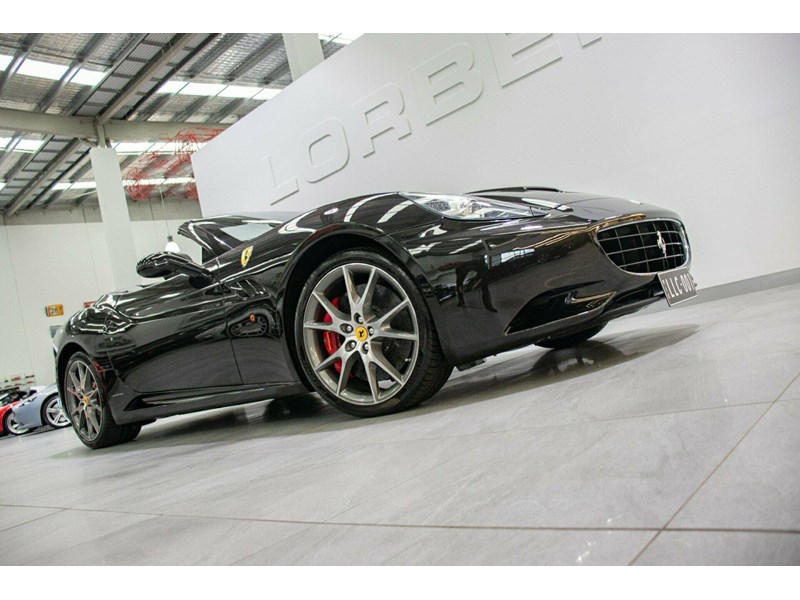 ferrari california 818869 004