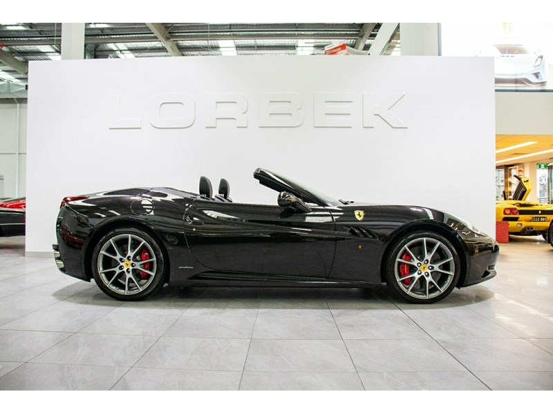 ferrari california 818869 006