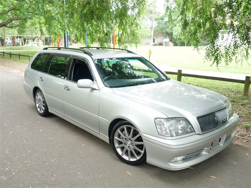 toyota crown 818920 001