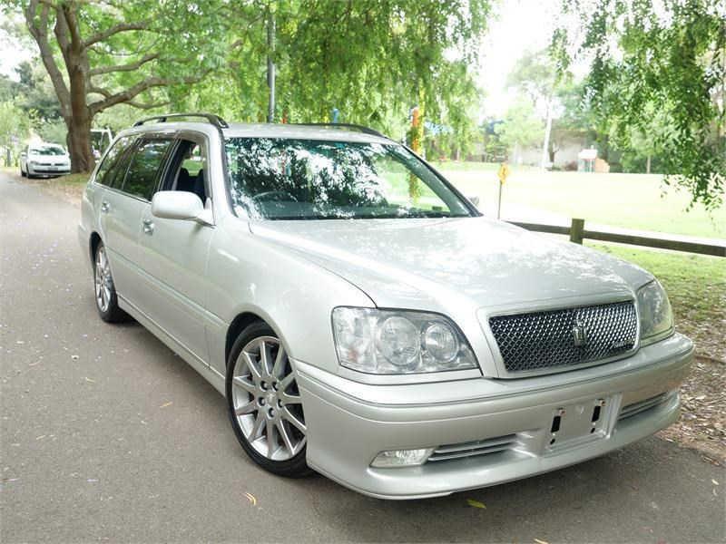 toyota crown 818920 002