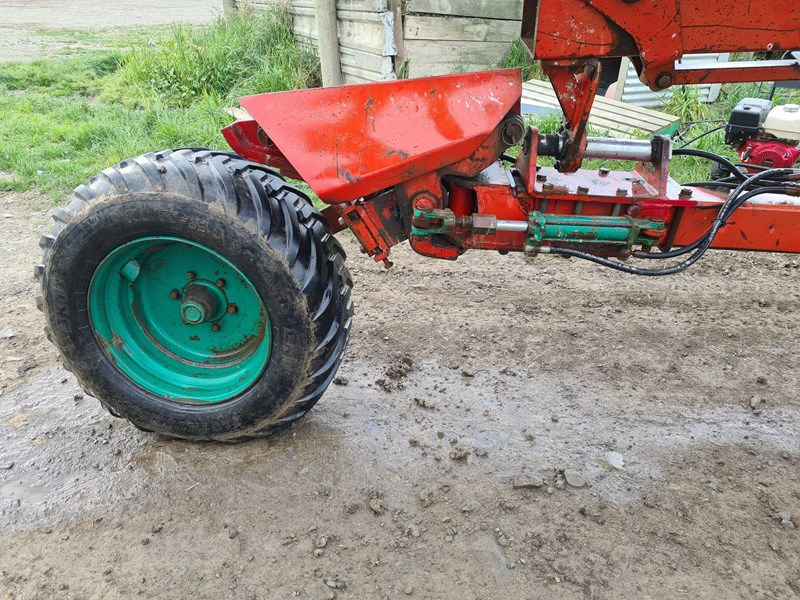 kverneland 7 furrow reversible plough 820031 003