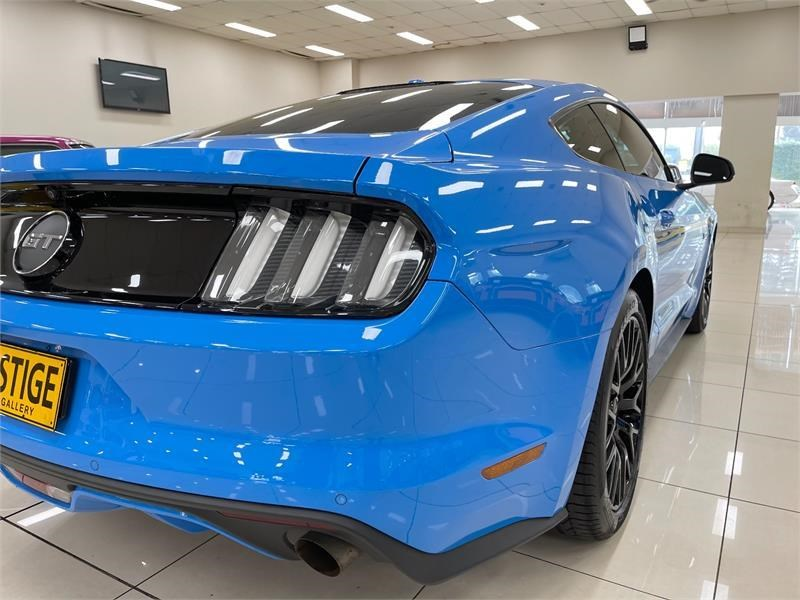 ford mustang 823758 020