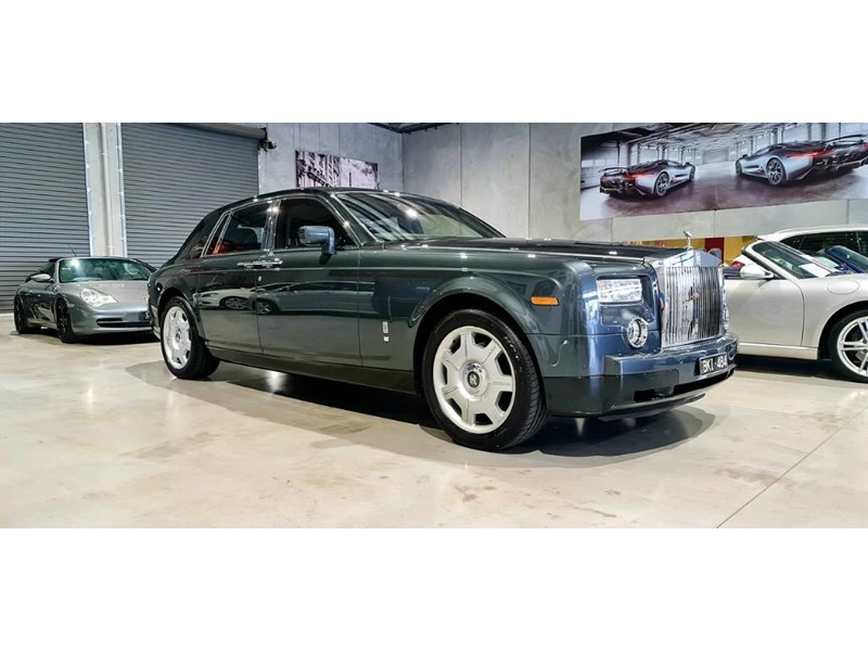 rolls-royce phantom 824359 001