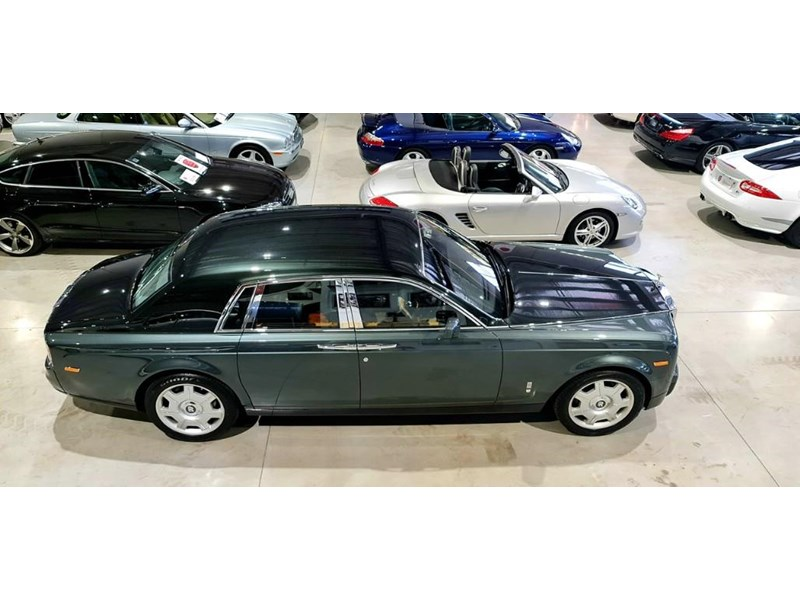 rolls-royce phantom 824359 030