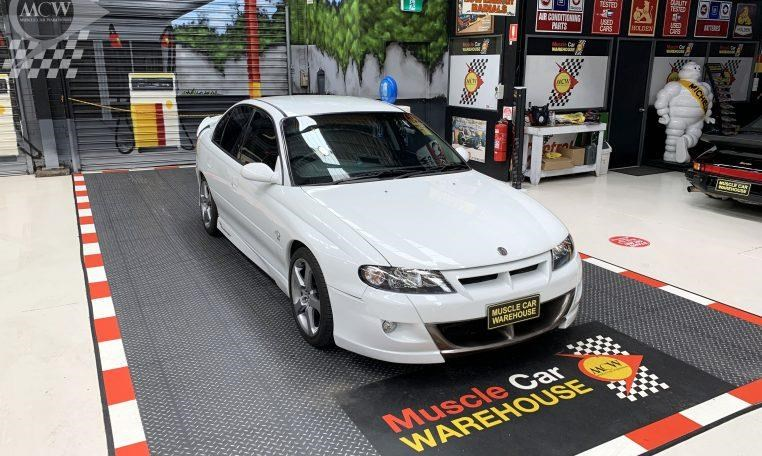holden hsv 824585 025