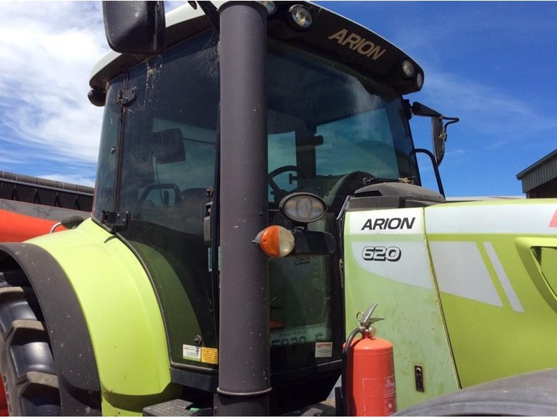 claas arion 620 825014 004