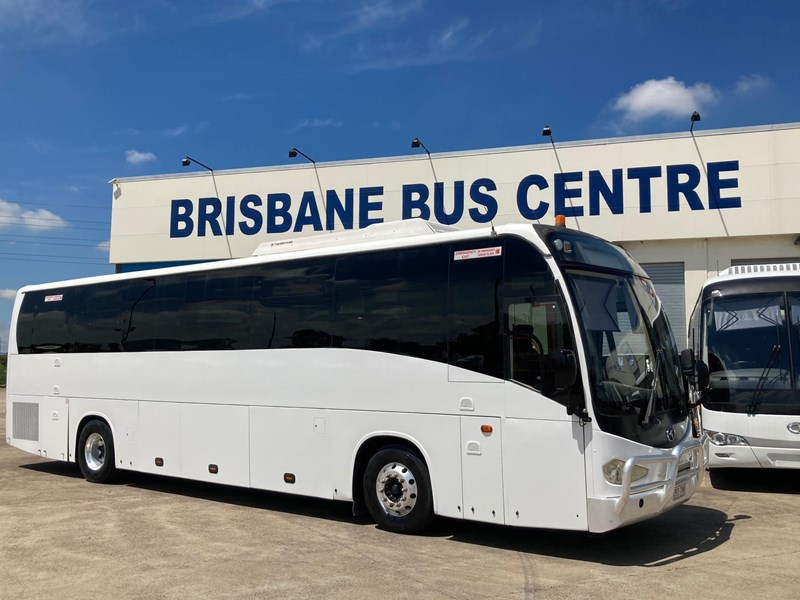 king long iveco 6126au 54 seater coach 825199 008