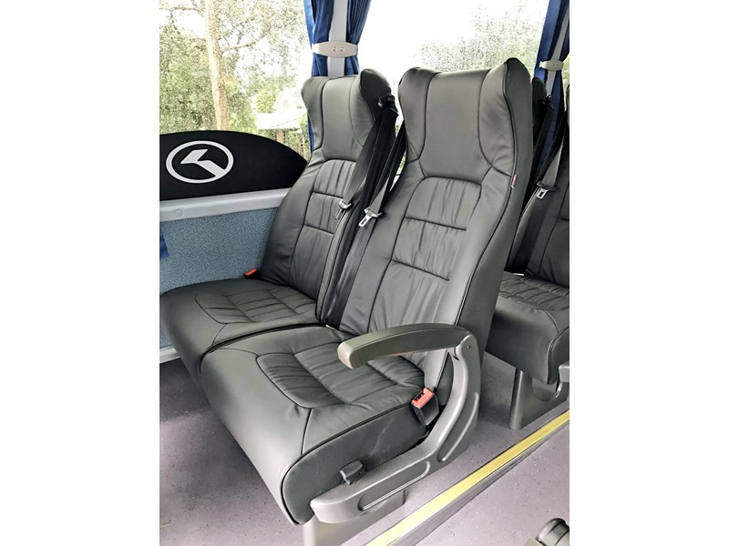king long 6102 10.2m (41 leather reclining seats) 828633 003