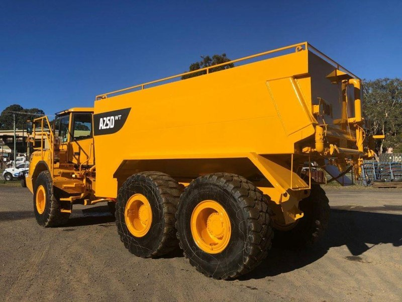 volvo a25d 832385 004