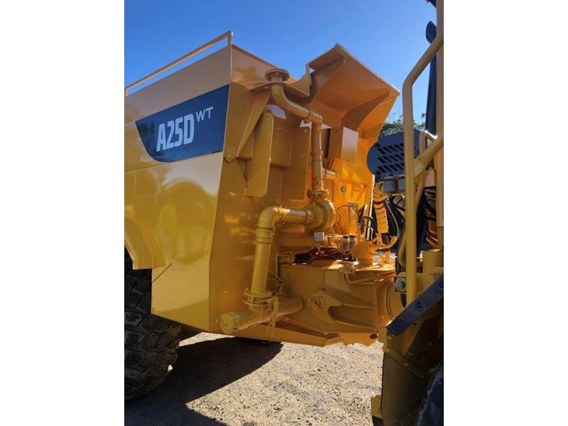 volvo a25d 832385 007