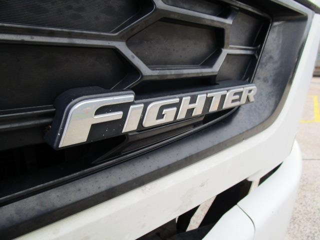fuso fighter 831793 014