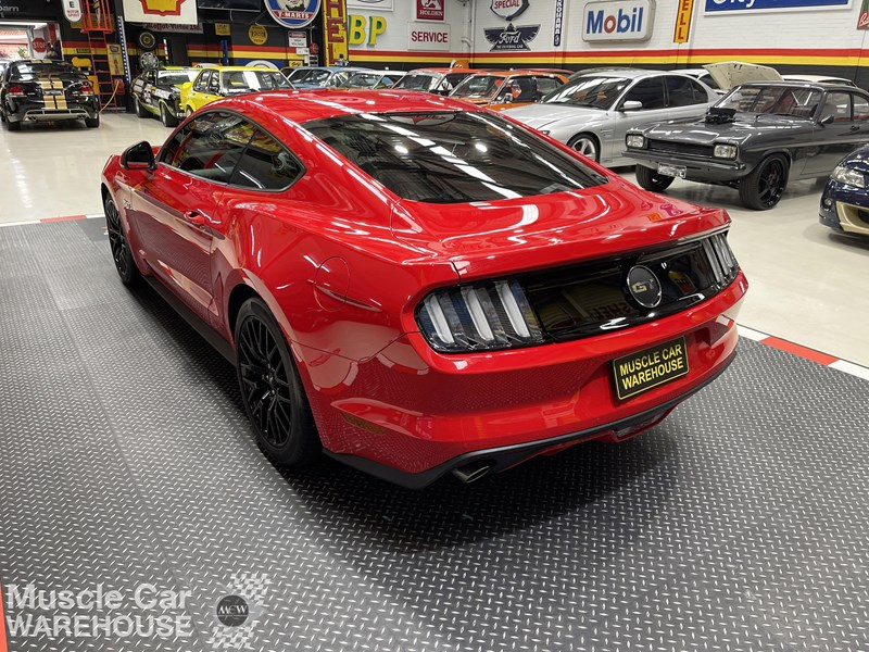 ford mustang gt 832619 009