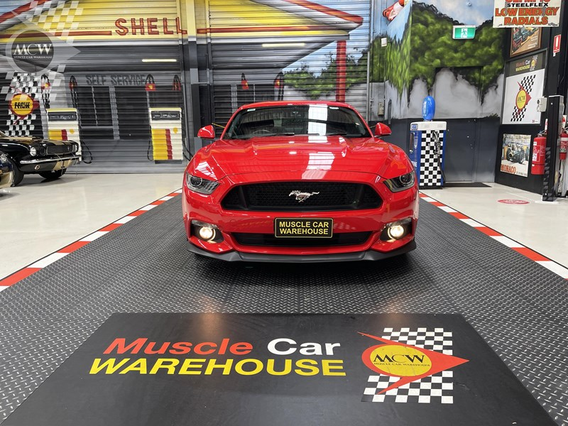 ford mustang gt 832619 030