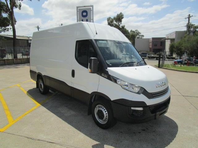 iveco daily 832990 001