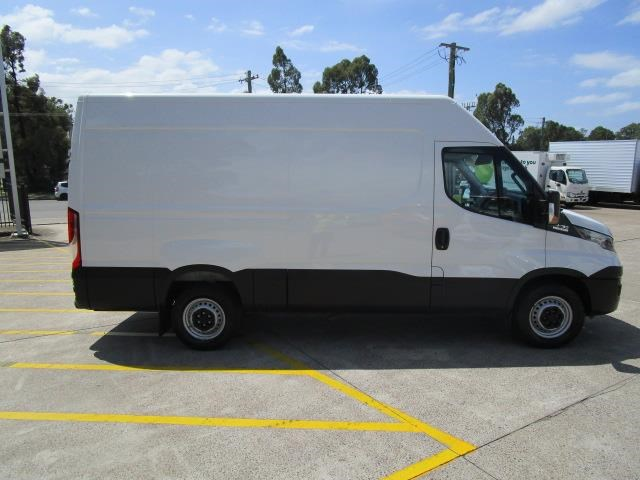 iveco daily 832990 008